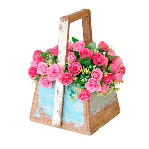 Maletin, bolso madera o mimbre de rosas ramificadas